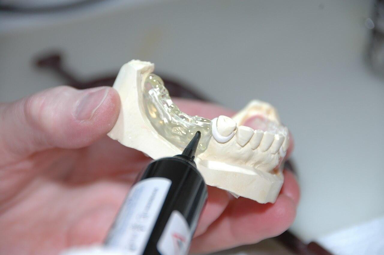 dental laboratory technician