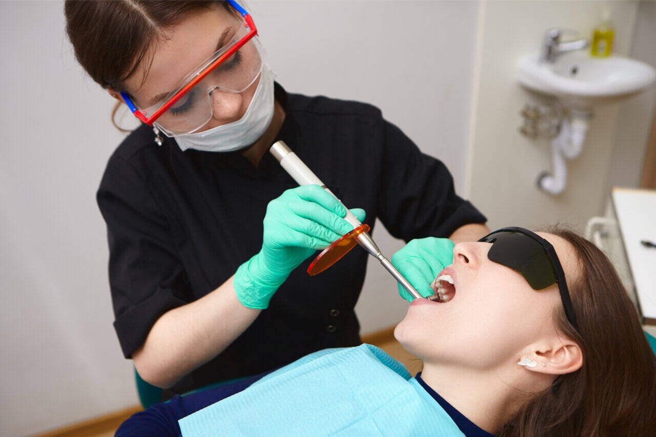 Laser Dental Cleaning Procedures In Modern Dentistry